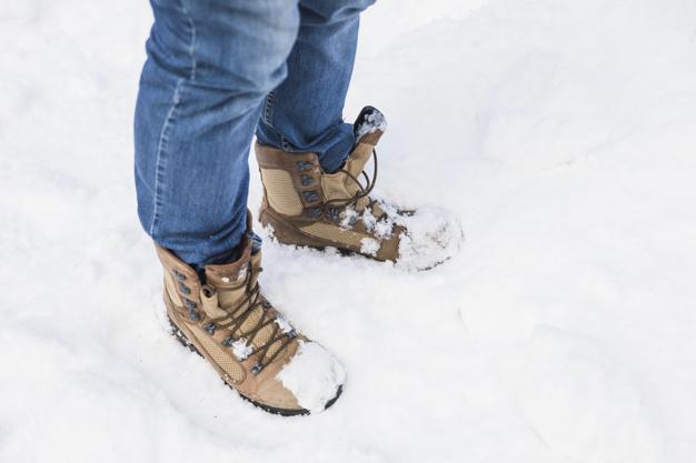 Зимние ботинки для ног на морозную зиму